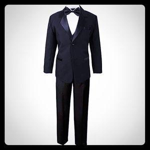 5T Black Tuxedo